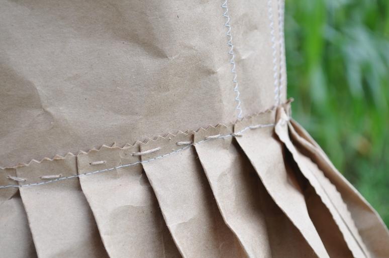 tights, paper dress 097